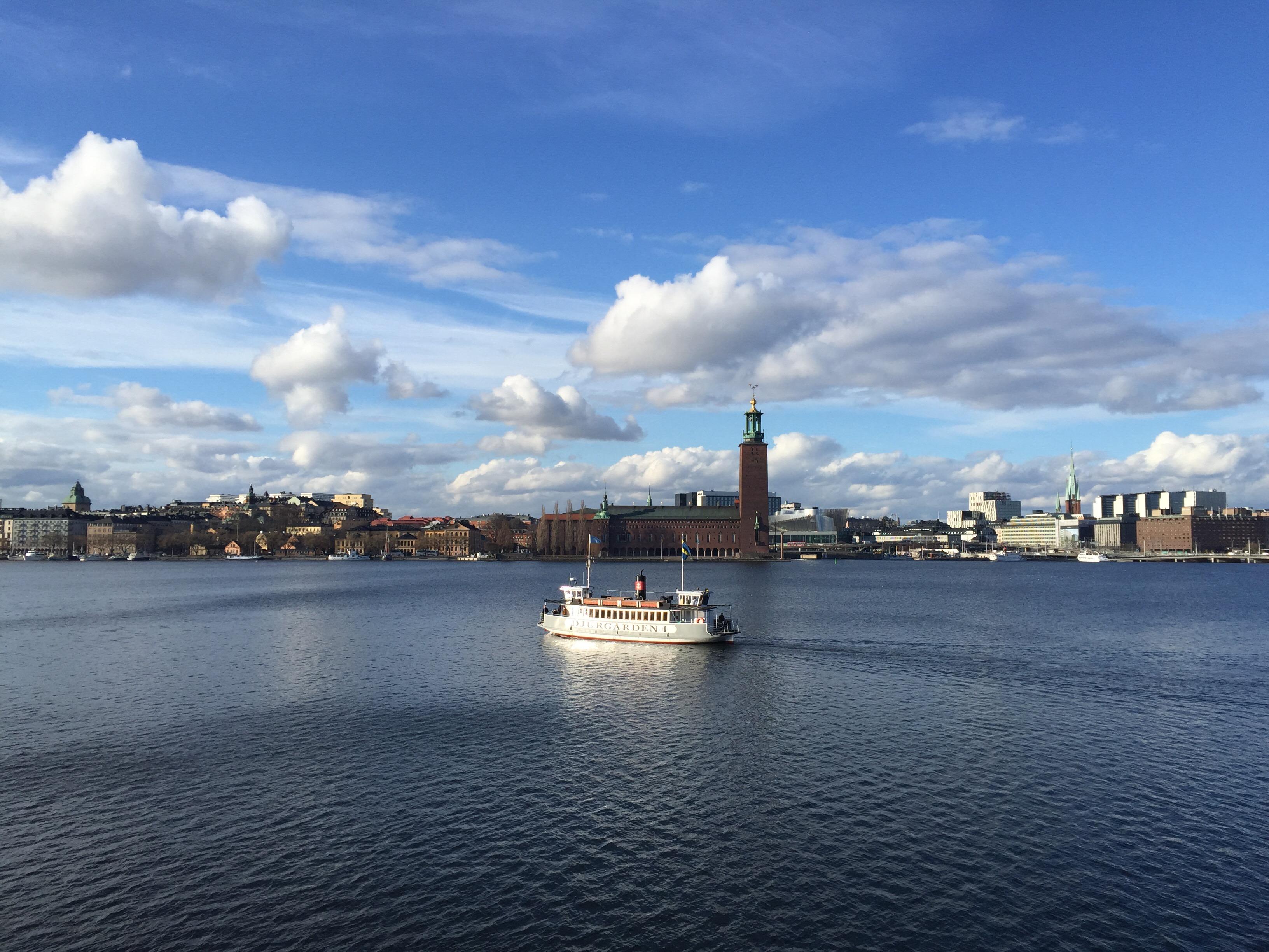 Stockholm från ett båtdäck